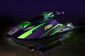 2015 FP Raptor - Carbon special. Was FP's personal showcase ski Hamilton Brisbane North East Preview