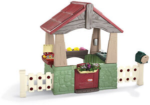 NEW! LITTLE TIKES HOME AND GARDEN PLAYHOUSE / CUBBY HOUSE / play house / cubby