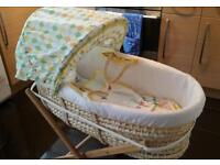Unisex moses basket with stand & sheets