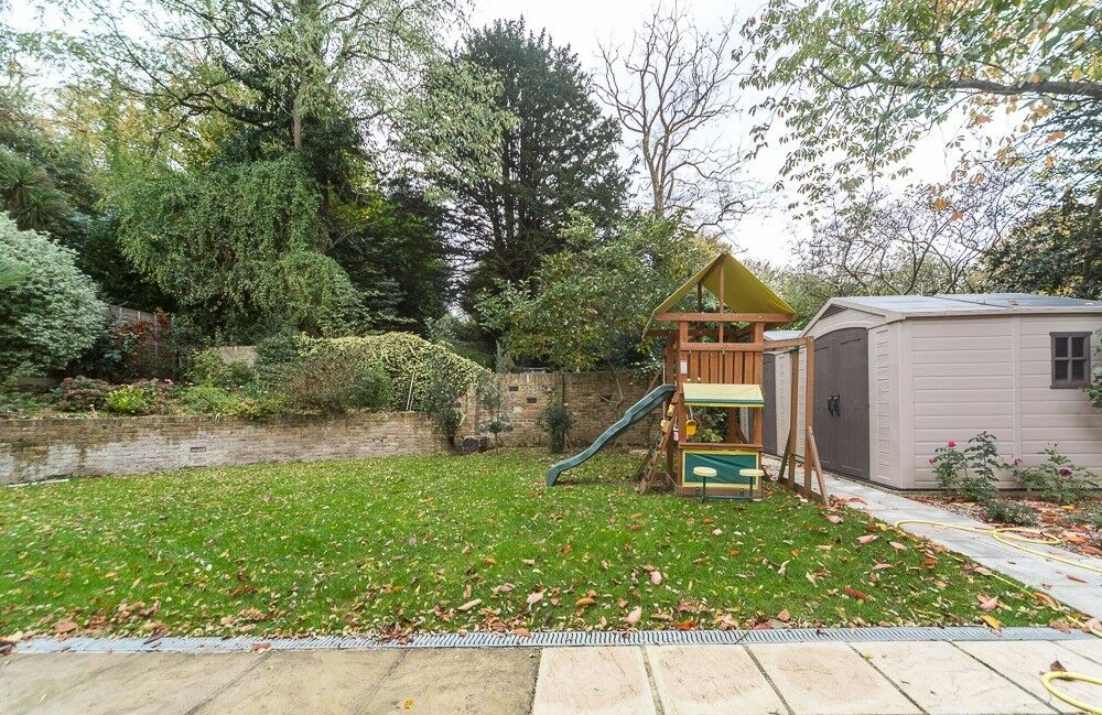 Stunning Studio with all bills included £1140 - Richmond Park/Kingston University