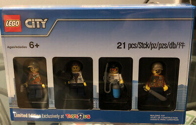 Lego Minifigure Limited Edition Toysrus Exclusive #5004940 Set New In Box Sealed