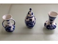 Set of small Delft style Elesva Holland glazed ornaments in lovely condition