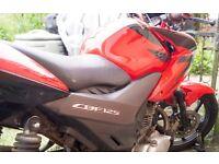 Honda CBF 125 Learner Legal Road Bike. MOT october 2016. In Red.£1000 ono