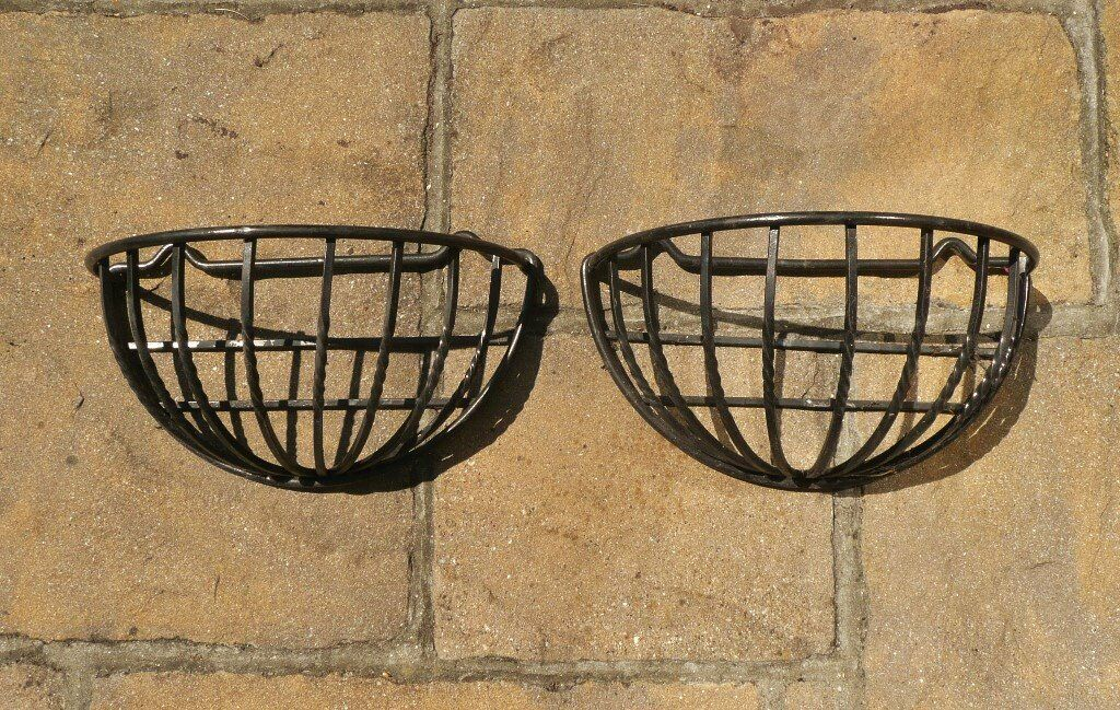 2 Black Cast Iron Half Moon Shaped Wall Mounted Plant Flower Baskets Hanging Planters