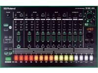 Roland TR8 TR-8 Drum Machine Sequencer 808 909 with decksaver cover