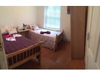 Nice Double room to share with girl - zone 2