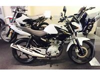 STUNNING LIKE NEW YAMAHA YBR125 IN IMMACULATE CONDITION (ONLY 1800 ON CLOCK) UK DELIVERY AVAILABLE
