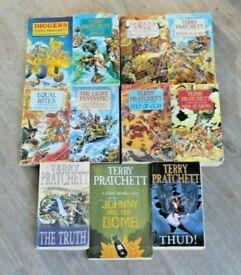 TERRY PRATCHETT * DISCWORLD SERIES * EXCELLENT SET OF 11 FANTASY PAPERBACK BOOKS