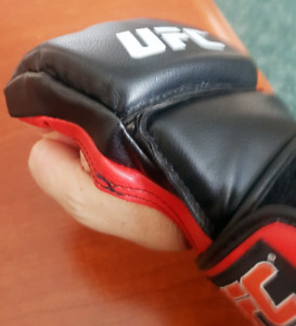 UFC Ultimate fighting championship gloves