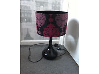 BLACK AND PINK DAMASK FLOCKED TABLE DESK LAMP