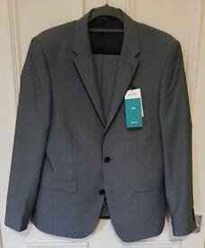 Grey 2piece suit, unworn
