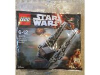 Lego 30279 - Kylo Ren's Command Shuttle - Brand New & Sealed Toy / Collectible