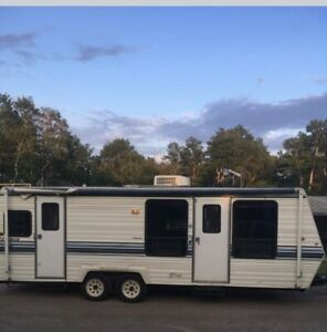 Dutchmen | Buy Travel Trailers & Campers Locally in Manitoba