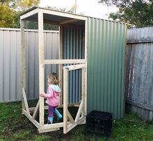 Large Bird cage Gymea Sutherland Area Preview
