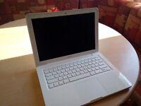 """MacBook 13"""" White"""