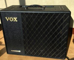 Vox VT100X Amp Valvetronix 100 Watts Hybrid Modelling, TOP!