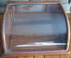 ANTIQUE COUNTER TOP DISPLAY CASE w/ CURVED GLASS