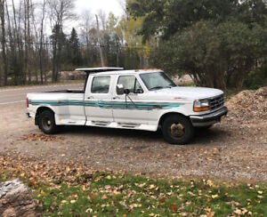 Ford F350 XLT 1996 with diesel engine