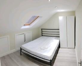 Amazing luxury double room available now Leyton Stratford station