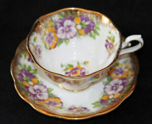 ROYAL ALBERT TEA CUP & SAUCER - PANSY   AS IS
