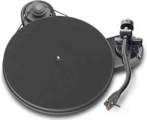 Pro-ject turntable lightly used