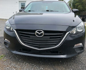 Mazda 3 2015 !! Urgent !! Must Sell ! Low km !! Mint condition !