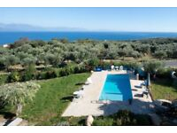 Attic 2 bed apartment with pool and fantastic sea views 5mn from the beach- Koroni, Messinia Greece