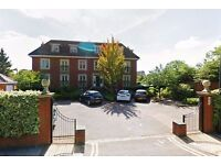 2 bedroom flat in Syon court, London Road, Brentford, TW8