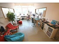 NATURALLY LIT CREATIVE STUDIO C1/UNITS TO LET/PRIVATE OFFICE/WAREHOUSE/ WORKSHOP/ BEAUTY/ARTIST/SW19