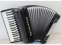 Excelsior E72/4S 72 Bass Piano Accordion