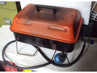 Gas table top barbeque