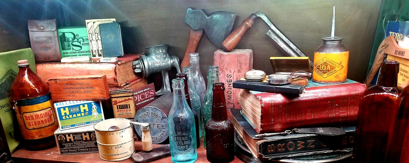 MelBels Vintage and Collectibles