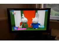 """42"""" Samsung flat screen tv free view built in"""