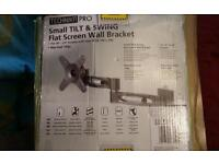 """flat screen tv tilt and swing wall bracket for 10 """" to 23 """" screens"""