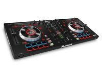 Numark mixtrack platinum / with software