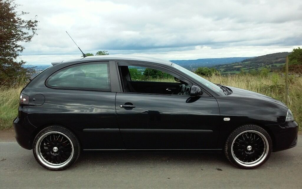 2006 seat ibiza 1 2 black 1 years mot cheap tax insurance service history in gloucester. Black Bedroom Furniture Sets. Home Design Ideas