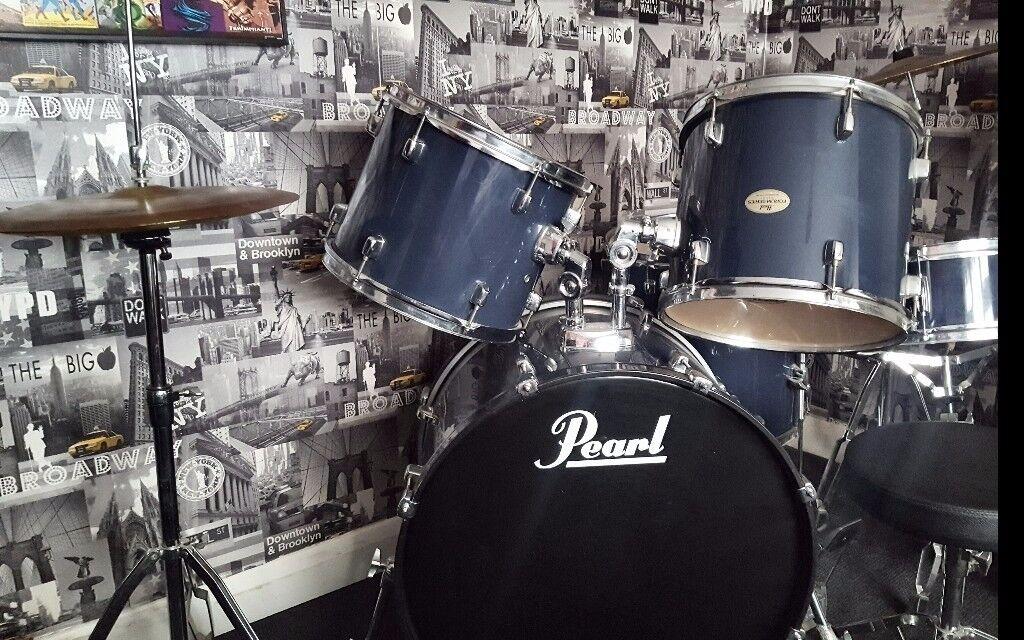 Full size drum kit. Good condition. 7 peices plus stool.