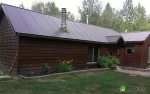 $410,000 - Acreage / Hobby Farm / Ranch in Brazeau County