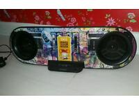 Sony SK8IP customisable iPod and iPhone docking station boom box speaker