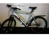 Mountain bike, diamondback 21' frame