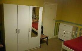 Xlarge DOUBLE ROOM DALLOW ROAD