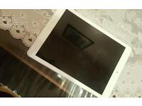 Ipad Air 1st edition, Great Condition!
