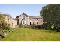 Cornish Farmhouse - sleeps 7 - Nr. Sennen Cove - with walled garden