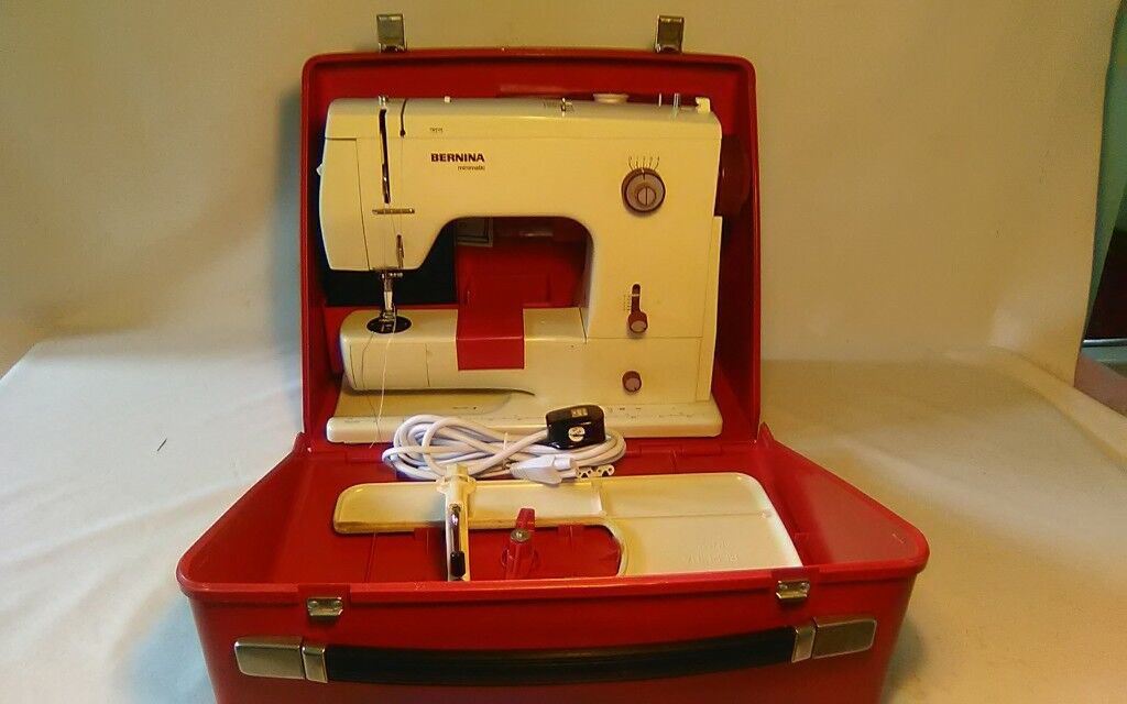 Bernina 40 Sewing Machine With Case Good Working Order In Stunning Bernina 807 Sewing Machine