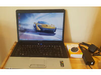 Laptop HP Compaq 15.6 in excellent working condition. Delivery options available.