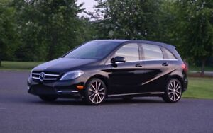 Mercedes Benz B250  Turbo 2015 - Low Km!