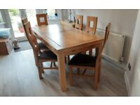 SOLID WOOD 6ft TO 10ft EXTENDABLE TABLE & 8 SOLID WOOD LEATHER CHAIRS