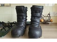 Elten chainsaw boots 11