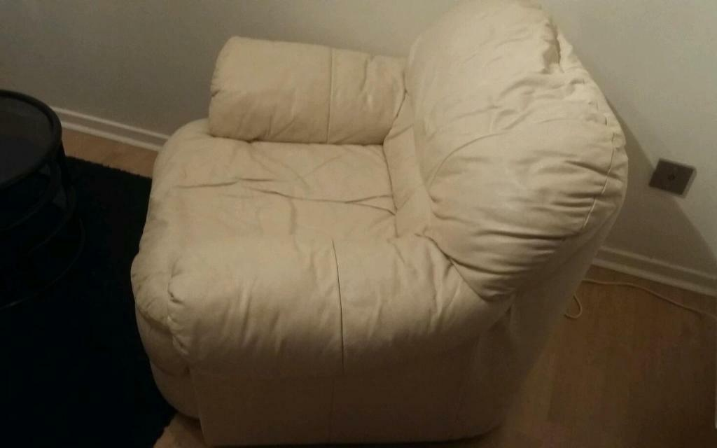 Leather armchairs for FREE