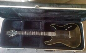 SCHECTER GUITAR - BLACK